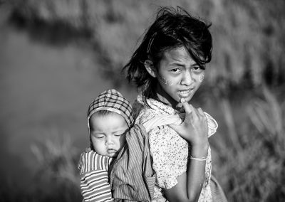 A wonderfull sister (Burma)