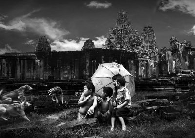 Scarry boys happy girl (Burma)