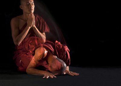 Signe of pray (Burma)