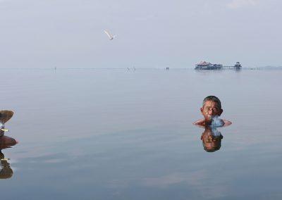 Smoking in the lake (Burma)